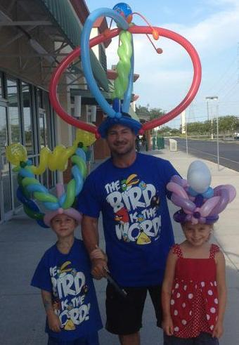 birthday balloon hats